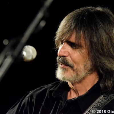Buscadero Day 2018 014 Larry Campbell Teresa Williams Ph. Verrini