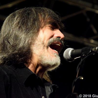 Buscadero Day 2018 015 Larry Campbell Teresa Williams Ph. Verrini
